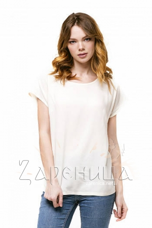 Блуза базовая со спущенным плечом бежевая,