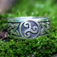 Перстень Трискель